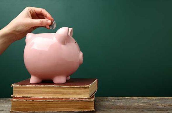 Collegamento a Contribuzioni e borse di studio